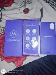 Troca Motorola one action 128 Gb