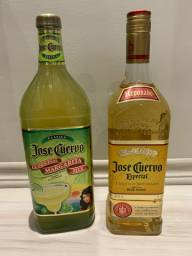 Kit tequila jose cuervo ouro reposado + jose cuervo margarita mix