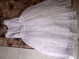 2 vestidos lindos 160 reais