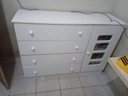 Vendo cômoda seminova com 5 compartimentos