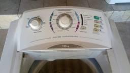 Vendo uma máquina de lavar roupas Electrolux 10kg