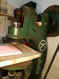 Balancim) Máquina de corte prensado