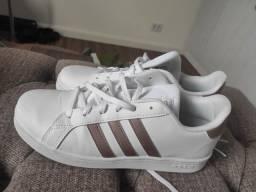Adidas n° 36  Grande Court