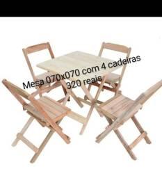 Conjunto de mesas dobravel