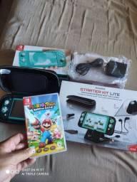 Nintendo Switch Lite com jogo e Kit Starter