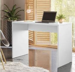 Escrivania presence