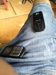LG dual sim e um Alcatel FM