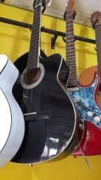 Título do anúncio: Vende se violão elétrico com afinador