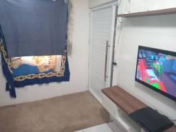Casa 2 quarto 1 banheiro sala2 grande uma areia pequena e quintal