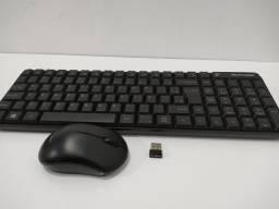 Teclado e mouse wireless