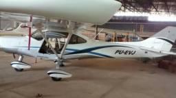Avião Amazon - 2012