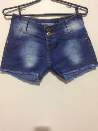 Short jeans. Tamanho 14. Novo.