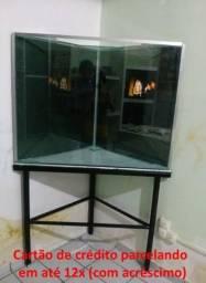 Aquário de 220 litros triangular