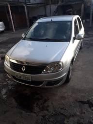Renault logan 2013 - 2013