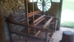 Tear de pedal em madeira nobre
