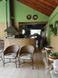 Casa Vila Planalto com Piscina Próxima do Centro