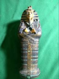 Sarcófago Egípcio Com Múmia Dentro