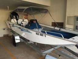 Lancha/Barco, Navegador 5500, Mercury 60 hp - 4 Tempos, com apenas 43 horas de uso! - 2016