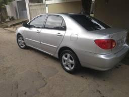 Corolla ano 2005/2006 - 2005