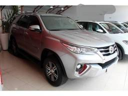 Toyota Hilux SW4 V6 4x4 - 2017