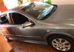 Vendo Astra Hatch 2.0 Modelo 2011
