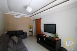 Casa em Heliópolis - Belo Horizonte, MG
