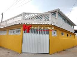 Excelente casa no centro do bairro, próximo à praia