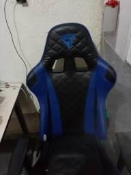 Cadeira de game THUNDER X3