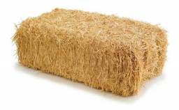 Vendo fardos de palha de arroz