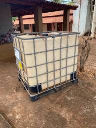 Vendo tambor 1000 litros usado apenas 2 x