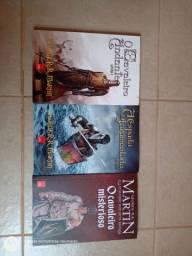 Livros e HQs