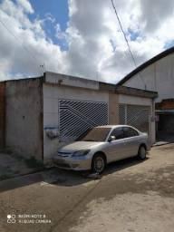 Vendo casa no boné azul , perto do atacadão na BR