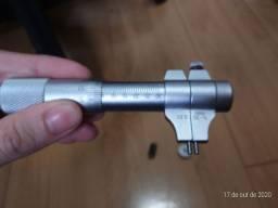 Micrometro interno