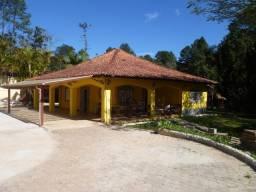 Chácara 1.800 m² a 3 km do centro de Juquitiba - SP