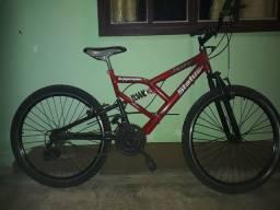 Bike de suspensão dupla aro 26 e quadro de alumínio