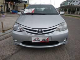 Toyota Etios mecanico modelo 1.5 xls com gnv 2013