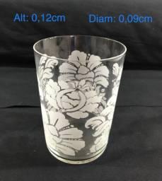 6 copos de água ou refrigerante