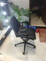 Cadeira giroflex candall 64 uma nova custa mais de 3000
