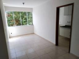Vendo apartamento de 2 quartos na Colônia - Barra Mansa