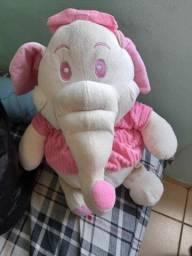 Elefante urso de pelúcia