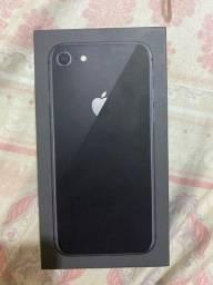 Iphone 8 PRETO 64G SEMINOVO