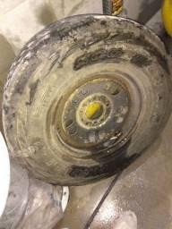 Roda 16 pneu Pirelli