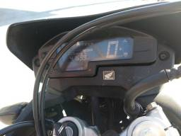 Moto Honda XRE 300 conservadíssima
