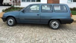 Vende-se Chevrolet Ipanema ano 1992