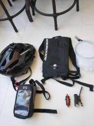 Kit bike, capacete, bolsa hidratação, kit iluminação e bag celular