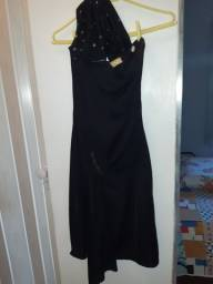 Vestido preto mula manca