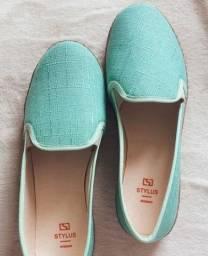 Sandália verde água