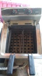 ??Vendo fritadeira Metalcubas 8000w??
