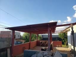 Telhado com telhas de amianto + madeiras (8,5m x 5m)