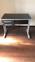 Mesa para Estudo/Escrivaninha